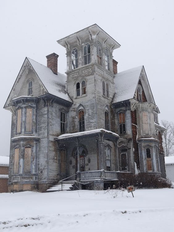 Abandoned Victorian Home in Coudersport, PA
