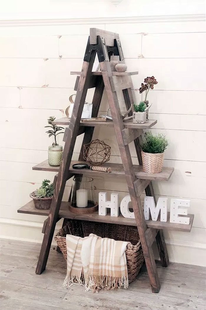 DIY Sawhorse Ladder Bookcase