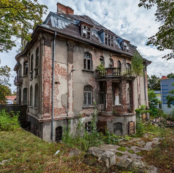 Forgotten Century-Old Mansion in Gdansk, Poland