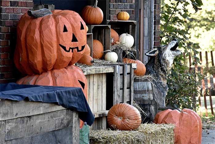 Milk Crate Pumpkins Outdoor DIY Fall Decor