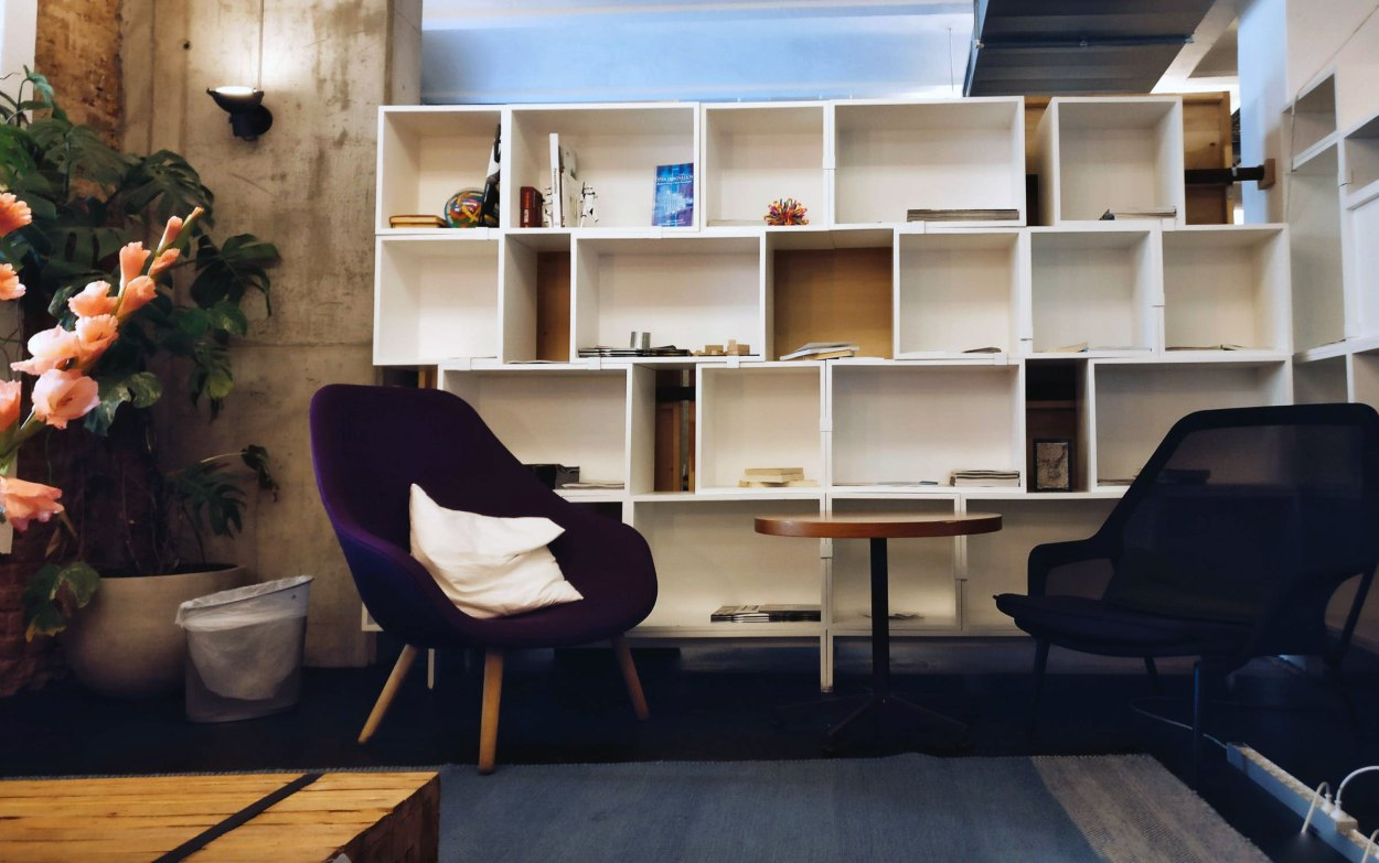 Staggered Cube Shelves