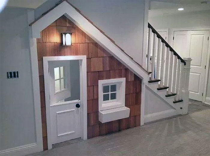 Unique Under Stairs Dog House