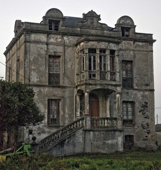 Abandoned-Mansion in Asturias Spain