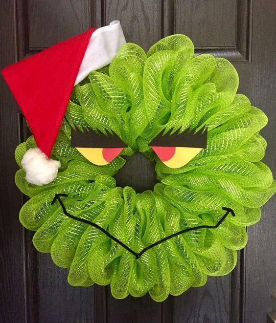 DIY Grinch Christmas Wreath