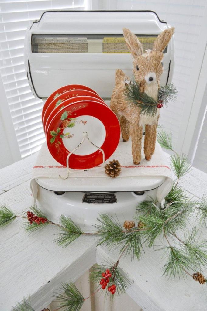 Vintage Scale Christmas Display