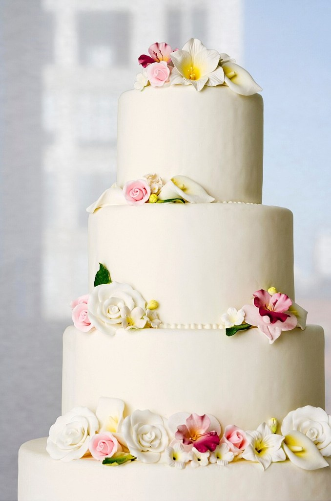 Cally Lily and Roses Wedding Cake