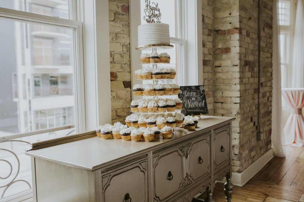 Wedding Cake and Cupcake Combo