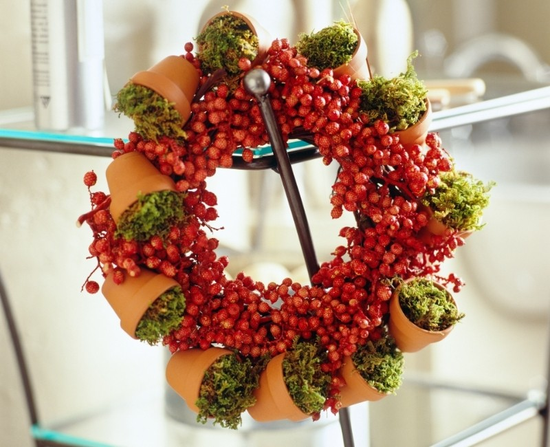 Mini Terracotta Pots Wreath