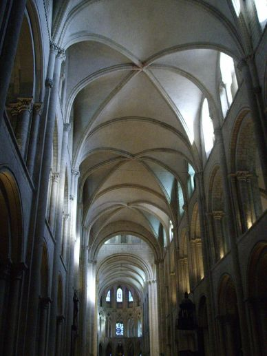 "Saint-Etienne in Caen, France. The ""ribbed vaults"" are made from criss-crossed circular arches."