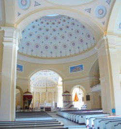 Baltimore Basilica. Interior vista. Photo kindly provided by Colter Sikora of Roamin' Catholic Churches.