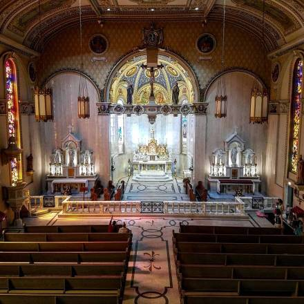 St. Stanislaus Oratory (Milwaukee, WI). Nave. Photo from Instagram profile of Roamin' Catholic Churches.