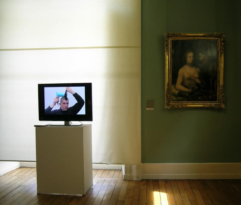 Annelise Ragno, Artist must be beautiful, 2008 vidéo, 28' en boucle