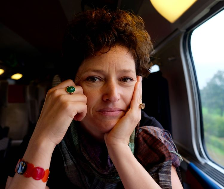 Contemplative on the TGV