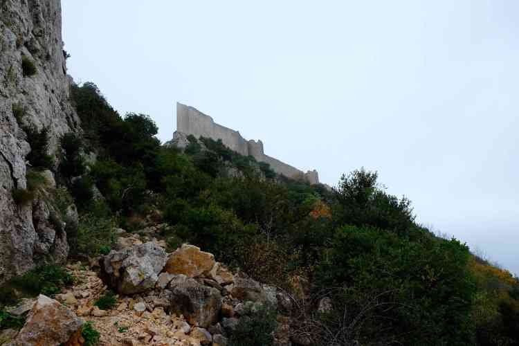 Looking up at Peyrepertus