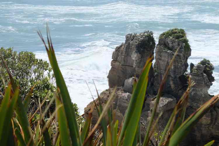 Pancake Rocks and Tasman Sea