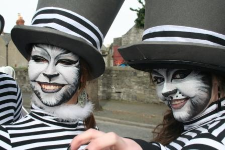 cats - irish street entertainers party entertainers stilts street performers corporate events charity events themeed events