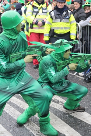 saint patrick's parade 2013, plastic soldier themed enetratiners
