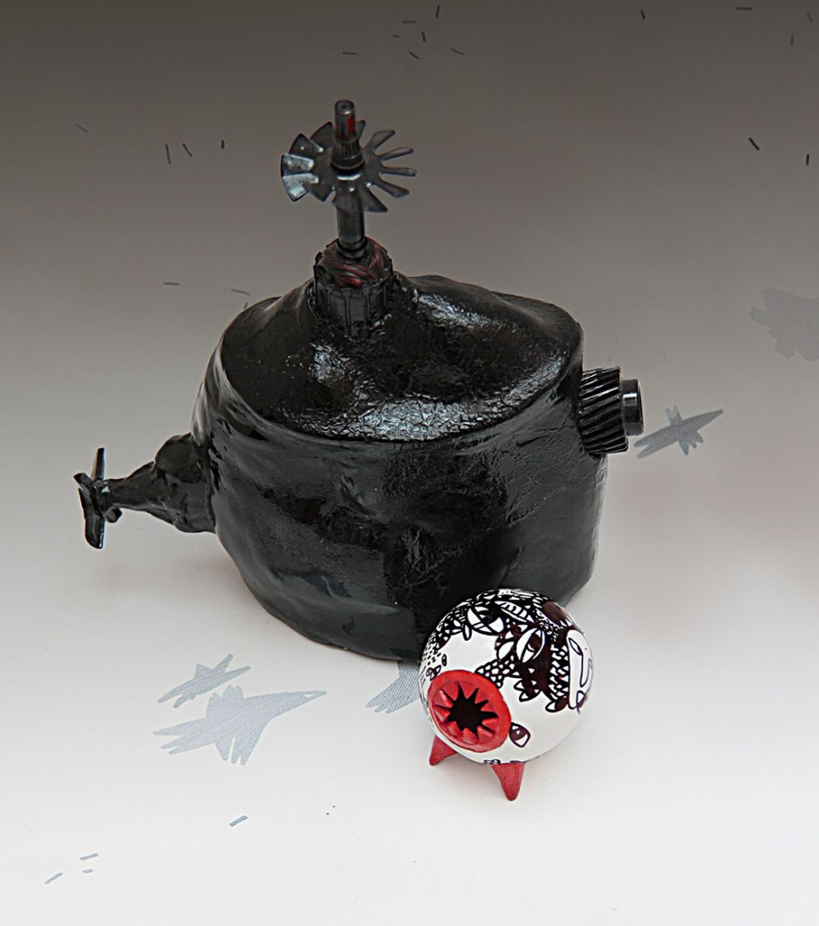 H28 W20 CM, red clay, 950-1000 C, black pigment, metal details, 2015