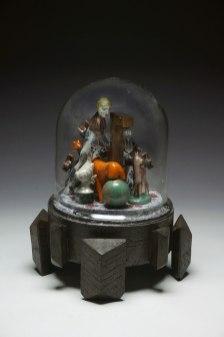 h27cm x d25cm, ceramics, glass, mixed media, 2017