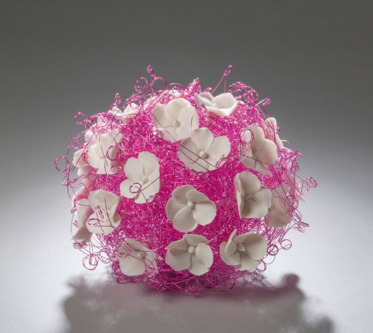 porcelain, wire, h.8 x w.10 x d.10 inches, 2013