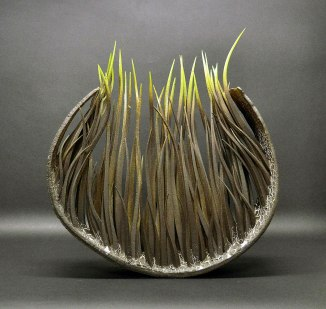Black stoneware and pigments