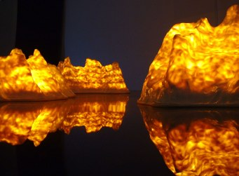 Fire Mountains, Installation, porcelain and light-bulbs, at Svensk Form, 2003, Stockholm, Sweden
