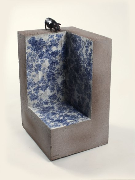 pseudo innocence IV fired clay, glaze, glass, 41x48x51 , 2013 The secret garden of Memory I