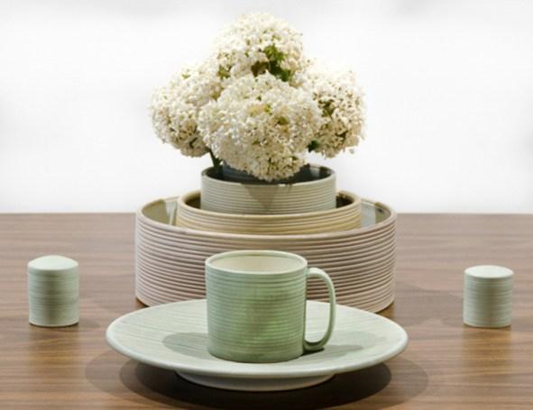 "cone 9 reduction porcelain, cup-3"" W x 4"" H"
