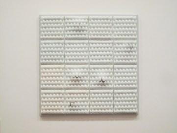 62 x 3 x 62 cm, slip-casting, porcelain, cement, 2015