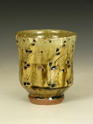 Ash glaze with hakeme and incised decoration.
