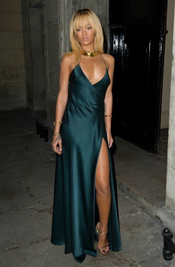 rihanna teal armani dress 2012
