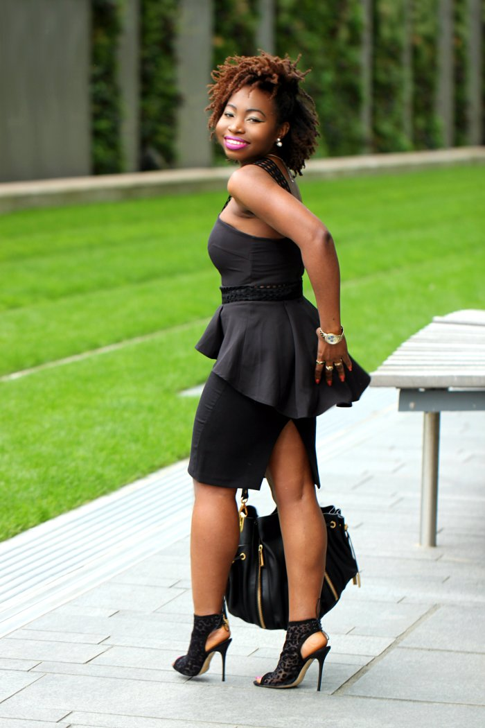 back to black outfit blogger