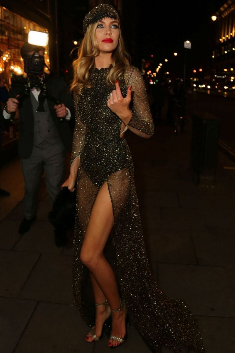 abbey-clancy-her-30th-birthday-celebration-in-london-january-2016-2