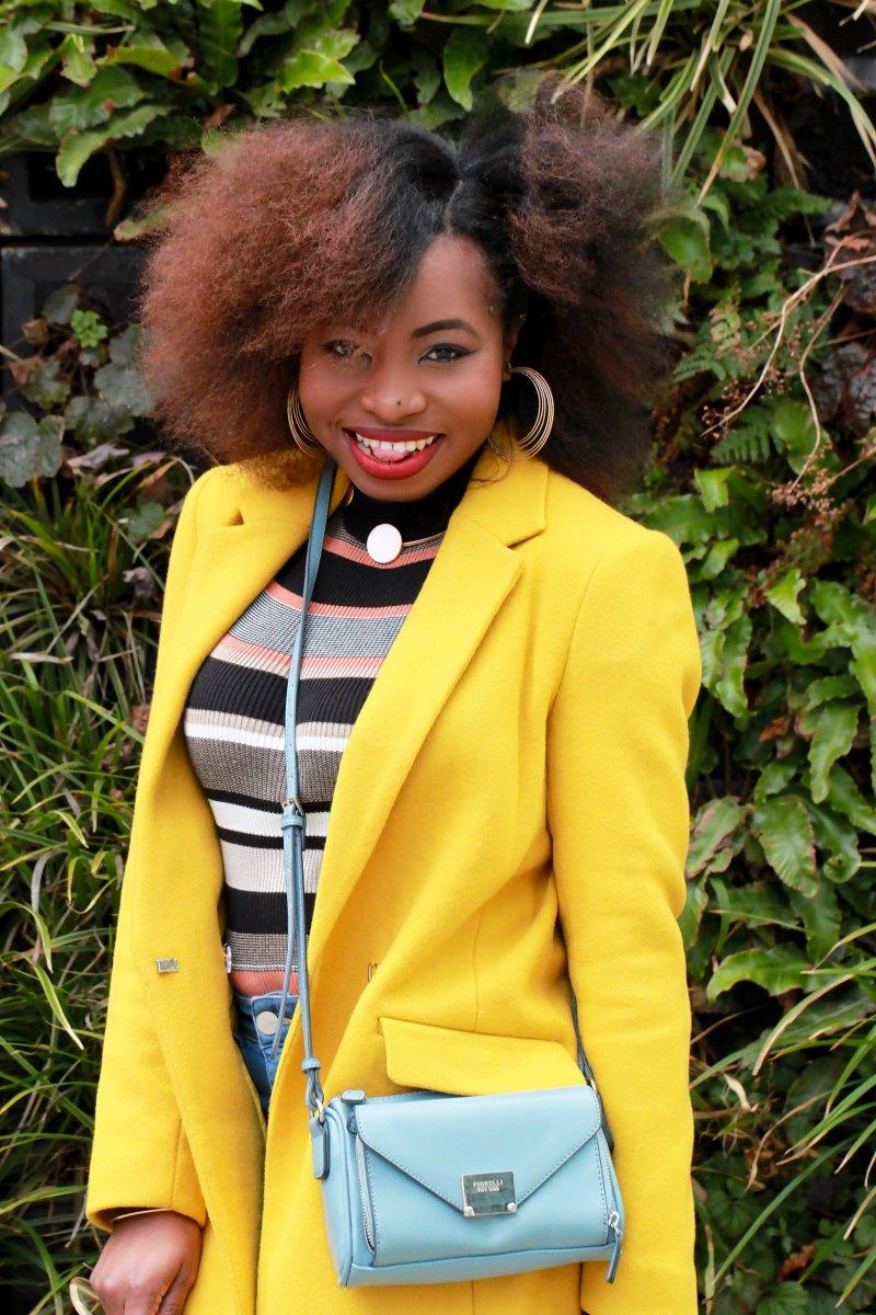 yellow coat la redoute afro hair a