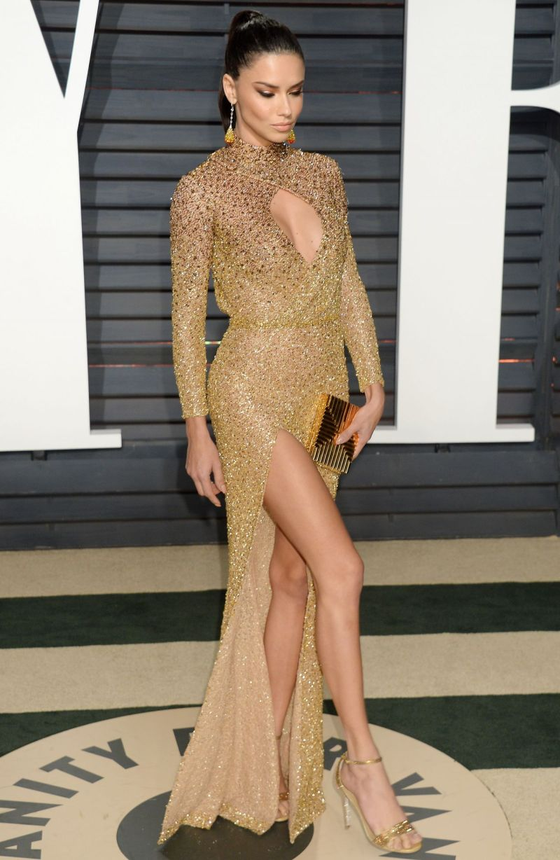 adriana-lima-at-vanity-fair-oscar-2017-party-in-los-angeles-5