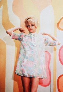 Goldie Hawn in Rowan and Martin's Laugh-In; the show ran from 1968–1973. Image provided by The Kobal Collection at Art Resource, New York.