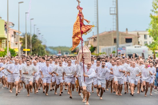 La processione degli scalzi (the procession of barefooted), Cabras