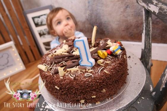 ArtbyClaire Cake Smash & First Birthday Shoots. Hemel Hempstead