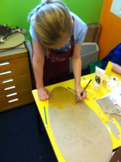 Painting the African masks