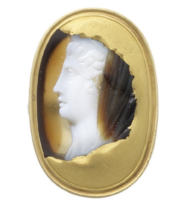Image- A sardonyx cameo of a lady shows great details and crafmanship in fine jewelry making