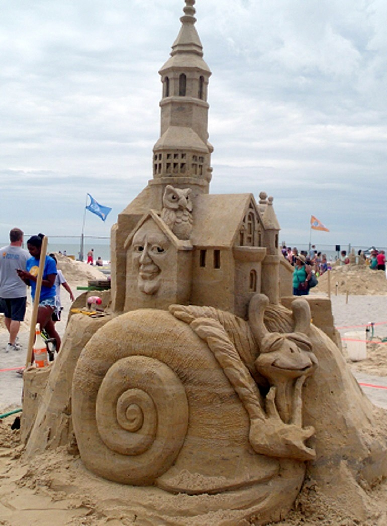 Image-Fantasy Tree House, by Kevin Crawford of Australia brought great excitment at the World Championship of Sand Sculpting in Atlantic City