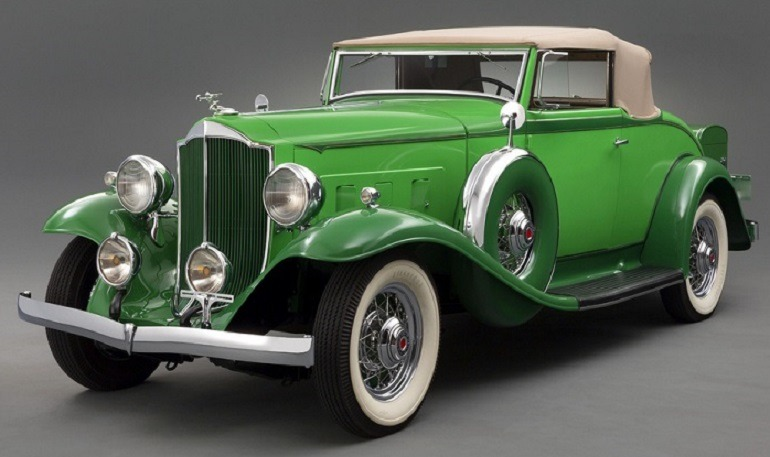 Image:  Sunning 1932 Packard Light Eight Roadster (900) is a classic car that was designed to meet the need and luxury of the rich despite the great depression