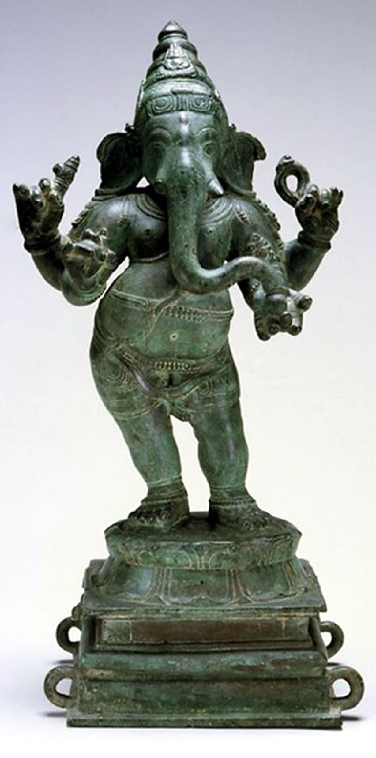 Image: Toledo Museum of Art returns a rare bronze statue of the Hindu deity Ganesh to India, making the art museum one of the institutions to return stolen artifacts
