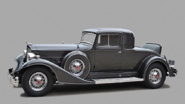 Image: 1933 Packard Twelve Grey is a beautiful automobile with masculine design-Artnew