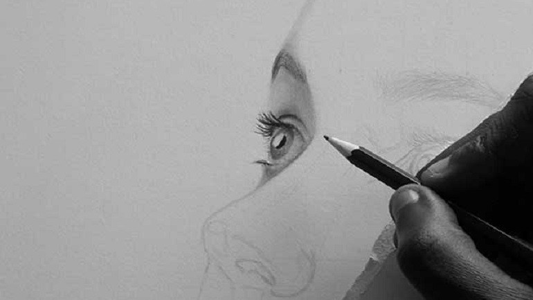 Portrait Drawing With Emotions and Patience