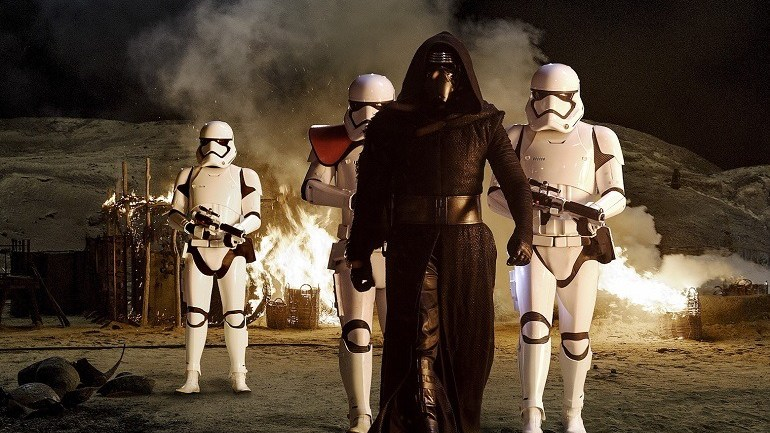 Star Wars: The Force Awakens'  Trailer Titillate Fans