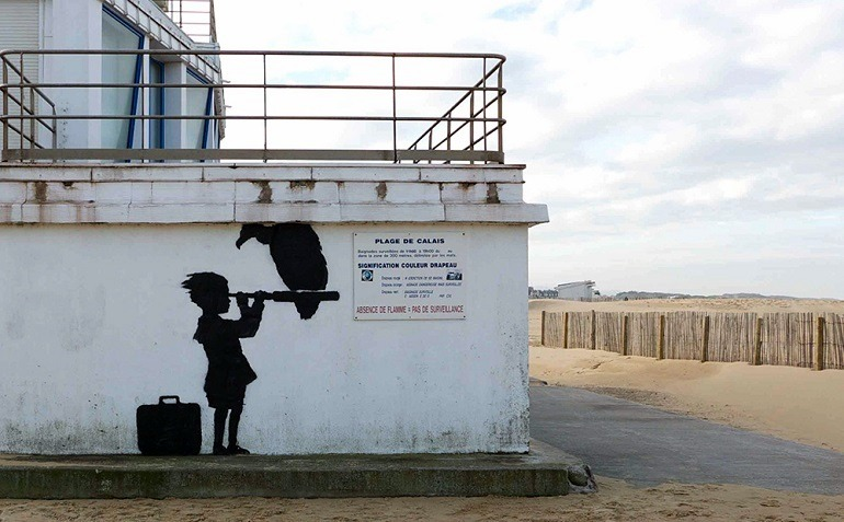 Image: Banksy Steve Jobs and Child looks toward Britain through a telescope to be protected by French Authorities