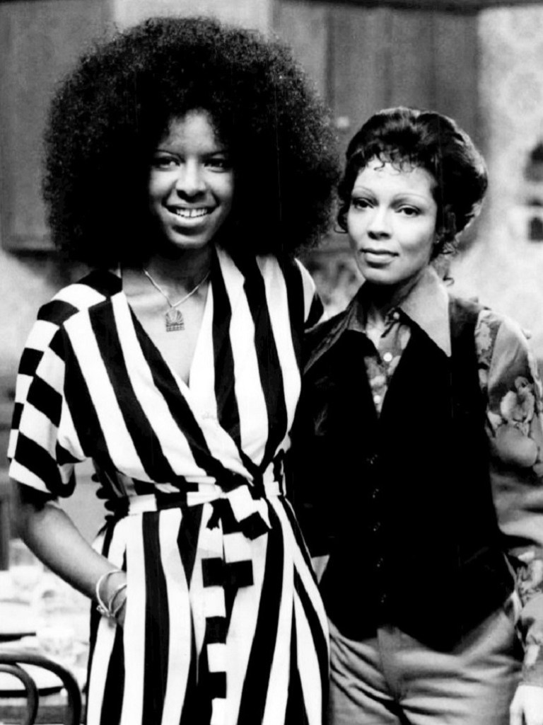 Image: Photo of Natalie Cole and Carole Cole.