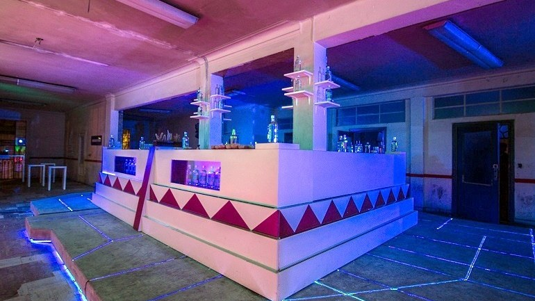 Aztecs Culture Resurrected in Absolut Art Bar Project