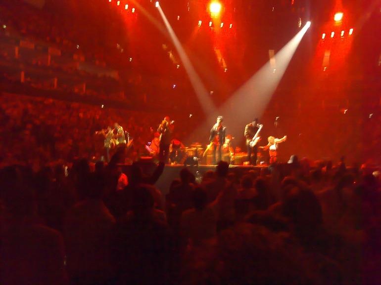 Image: Prince in concert, Earth Tour (21 nights in London 2007), O2, London (UK). Photo: El Pantera.
